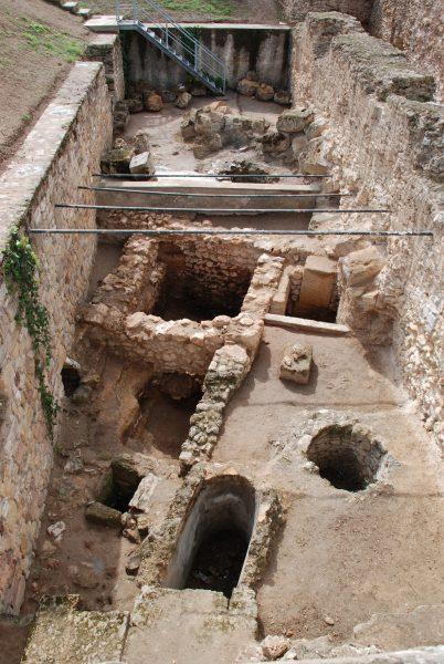 Frühpunische Hausbefunde des 8. Jhs. v. Chr. in Karthago (Tunesien) - Copyright: Frerich Schön